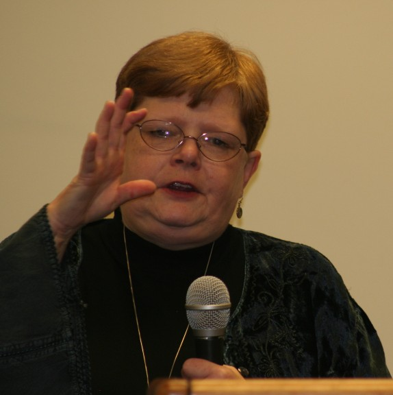 Tamora Pierce resized.jpg